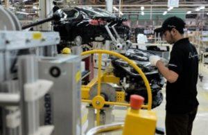 Terparah Se-Asia! Industri Manufaktur Nasional Masih Nyungsep